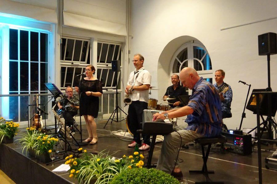 Schlossparkfreunde Sommerfest JazzthaTisch