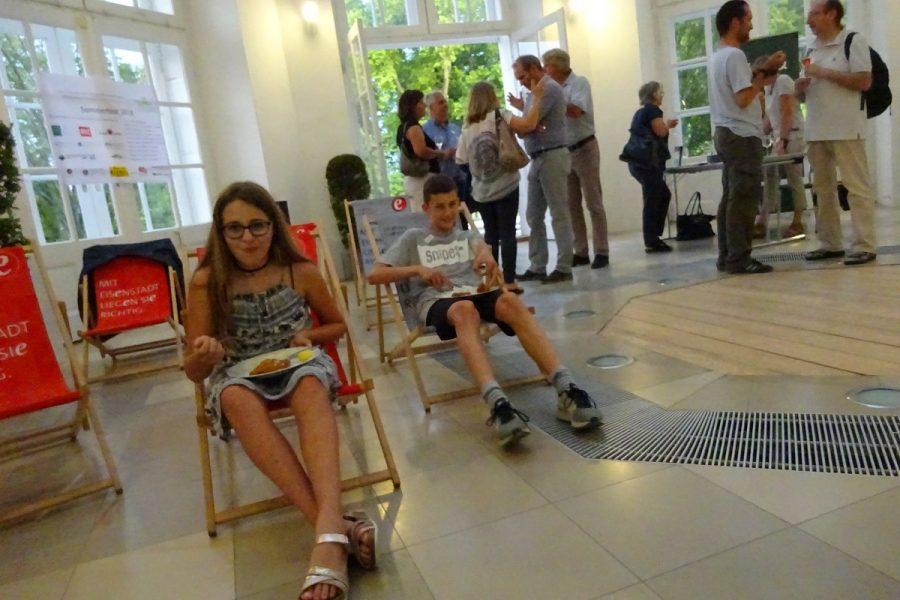 schlossparkfreunde Sommerfest Liegestühle